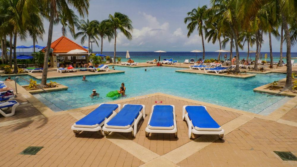 Business & Pleasure in Curacao